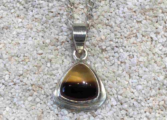 Montana-agate-pendant