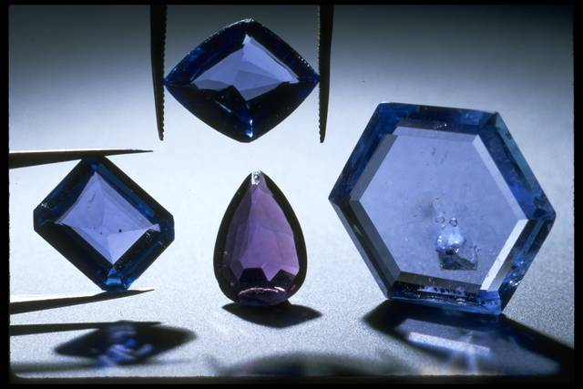 Yogo Sapphire Gems