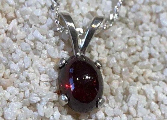 Idaho-Garnet-Necklace
