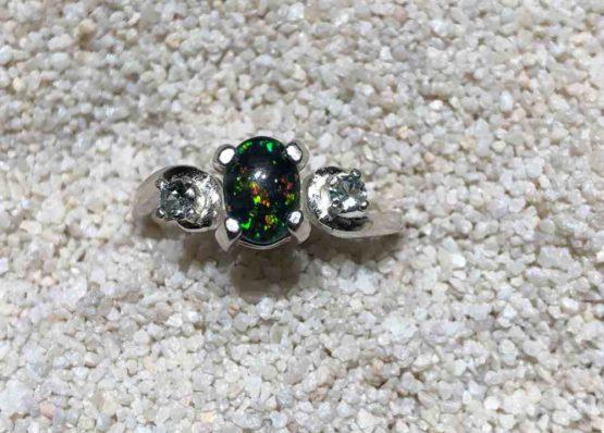 Idaho-Opal-Ring-Montana_-Sapphires