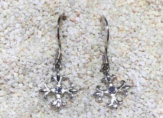Yogo-sapphire-earrings