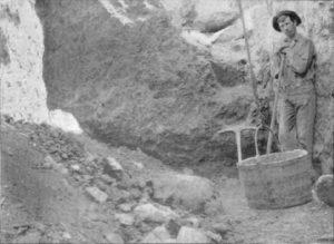 Yogo dike face sapphire mining