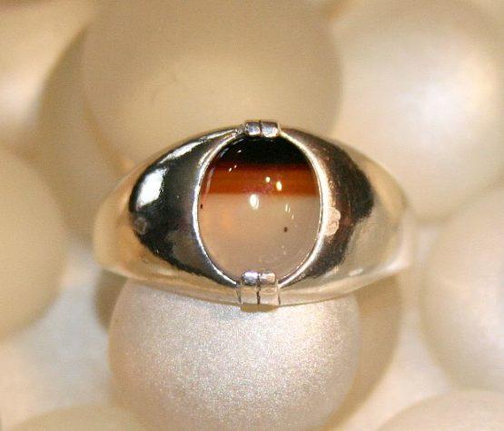 Sleek Montana Agate Silver Ring