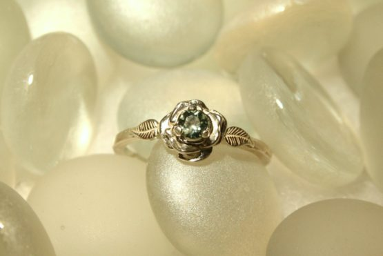 Montana Sapphire in Rose Ring